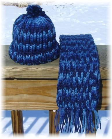 Basic hat and scarf basic pattern.