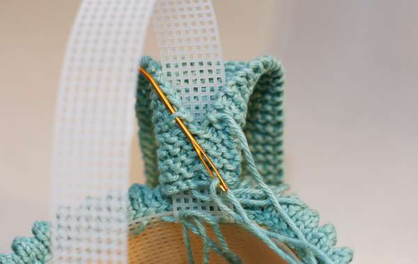 handle seaming
