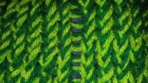 Ladder effect with e-wrap knit stitch