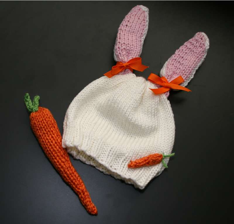 Carrots Hat and Rattle Set