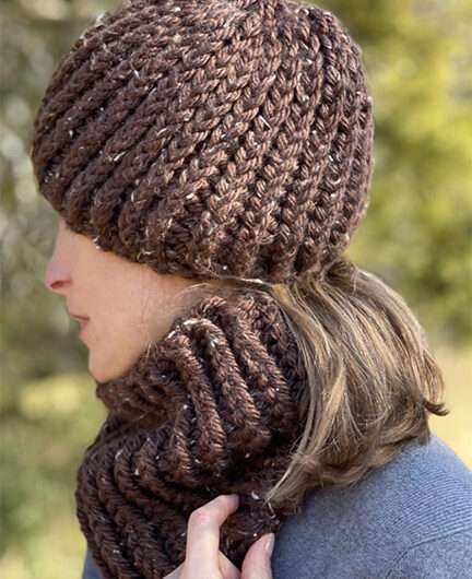 Easy-Fit Chunky Hat and Cowl