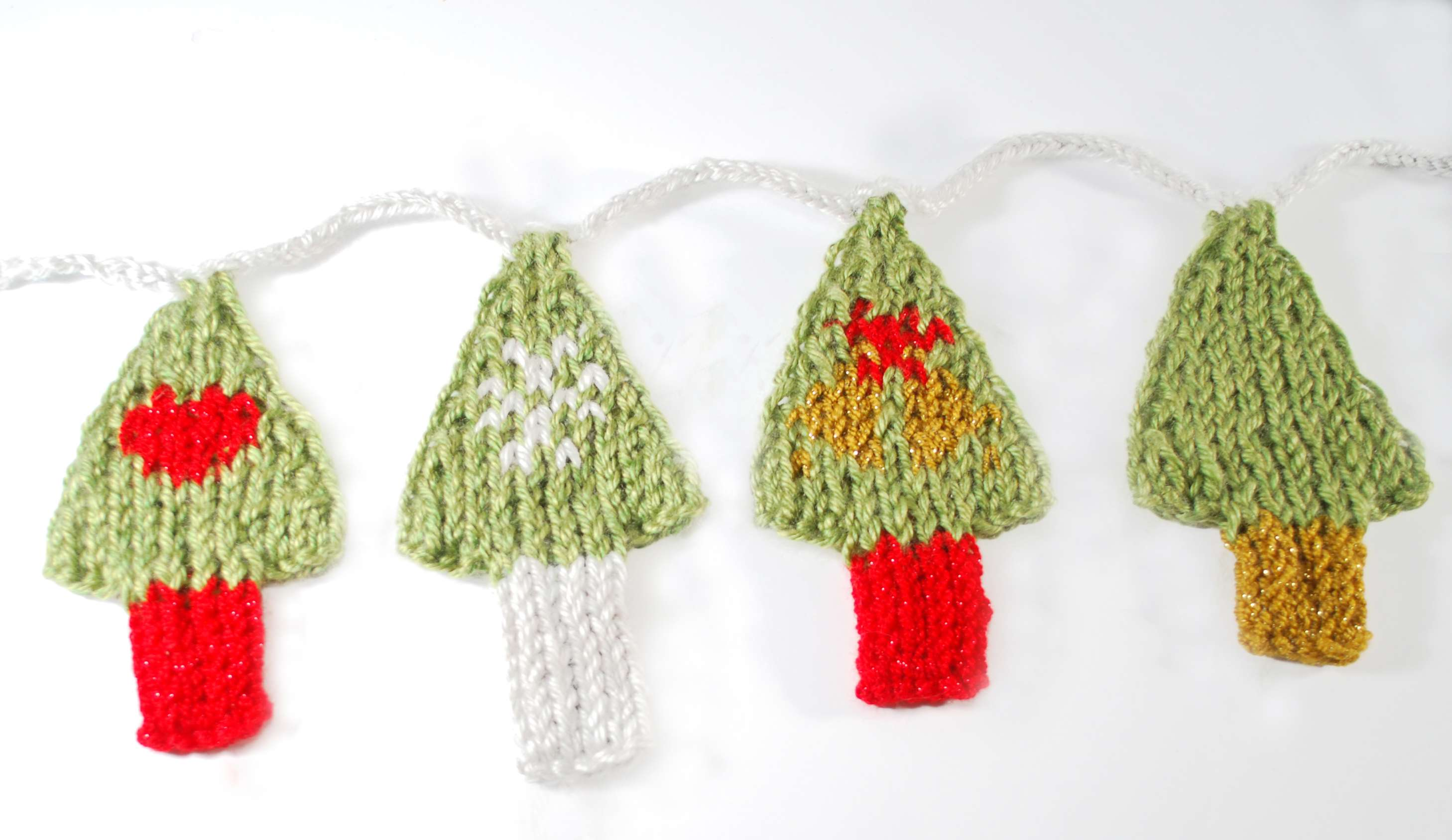 Holiday Tree Garland