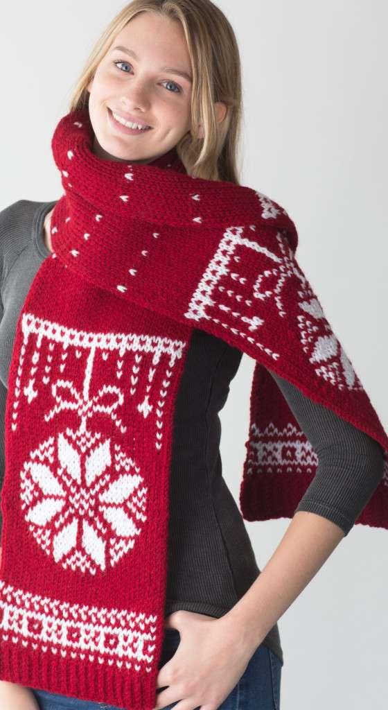 scarf_holiday_crop (1)